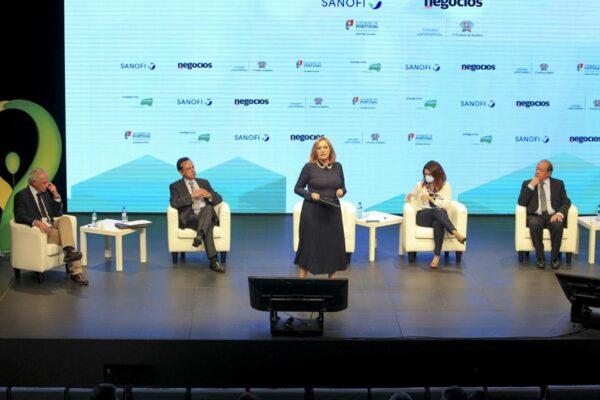 """José Mendes Ribeiro: """"Não é por fazermos muitos hospitais que melhoramos a saúde"""""""